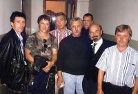 Участники перелёта и местный Ленин. Кемерово 1996г.
